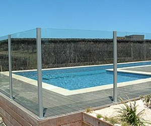 semi frameless fence